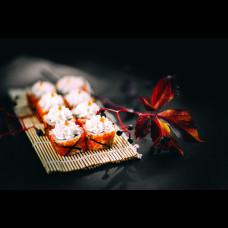 Скидка на роллы и суши в День Рождения